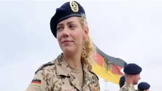 В Германии уволили военного мусульманина за отказ пожимать руку женщин