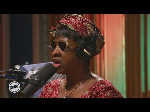 """Amadou & Mariam performing """"Bofou Safou"""" Live on KCRW"""