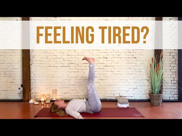 Een weldadige yogasessie tegen vermoeidheid | Yoga met Sarah
