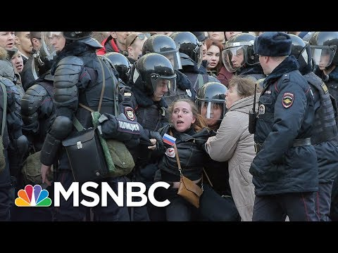 Police Arrest Anti-Putin Protesters In Russia | MSNBC