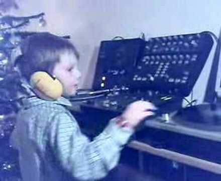 DJ Victor, Christmas Day 2007