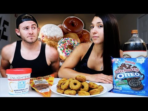 "SUNDAY NIGHT ""FREE FOR ALL"" MUKBANG! (READING YOUR QUESTIONS)"