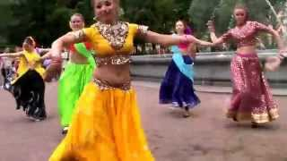 Download Флэшмоб Flasmob Индийский танец Mp3 and Videos