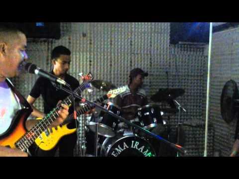 AKU BUDAK KAMPUNG - live band gema irama