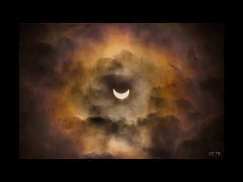 Francesco Chiocci Ft. Black Soda - Black Sunrise (MoM Slow Rework)