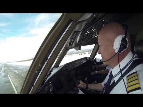 Смотреть Петропавловск-Камчатский - Москва на Boeing 777 онлайн