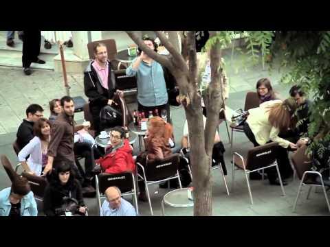 Красивый классический флэшмоб. Оркестр + Хор. Испания, Сабадель. 2012г.