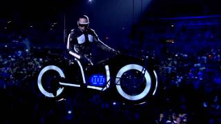 Black Eyed Peas @ Staples Center (HD) - Rocking to the Beat (Taboo Solo)