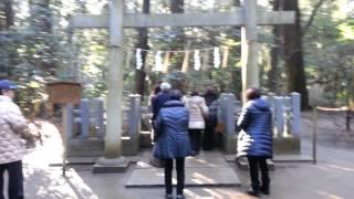 鹿島神宮のパワーストーン「要石」・象気功