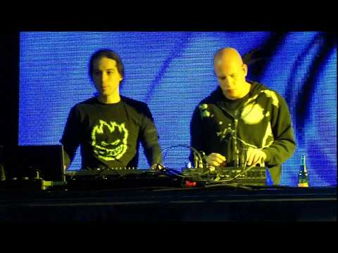 Infected Mushroom And Yahel   Live On Radio 99 Esc 07 03 200
