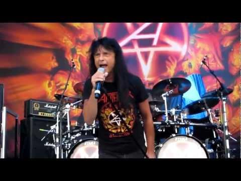Anthrax - Caught In A Mosh at Rockstar Energy Drink Mayhem Festival 2012