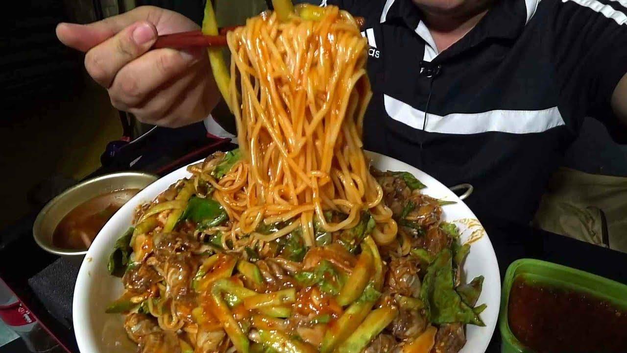 꼬막 한가득 새콤달콤 꼬막 비빔국수(ft.청양고추,오징어무국) 텐트 아재 먹방:)  Mukbang(cooking)