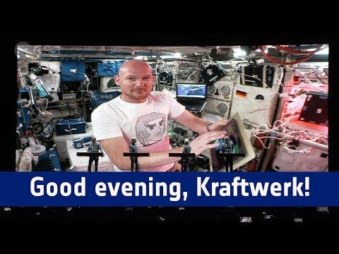 Good evening, Kraftwerk / Guten Abend Kraftwerk, guten Abend Stuttgart! Mp3