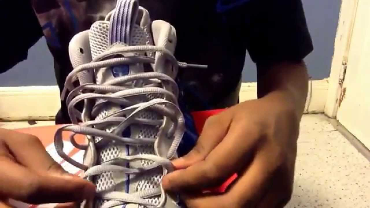 ba7f6cfa578 Nike foamposite sport royal review and loose lace tutorial - YouTube
