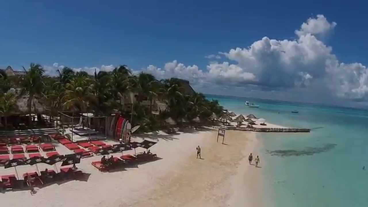Phantom 2 Vision Flight Over North Beach And Fenix Isla