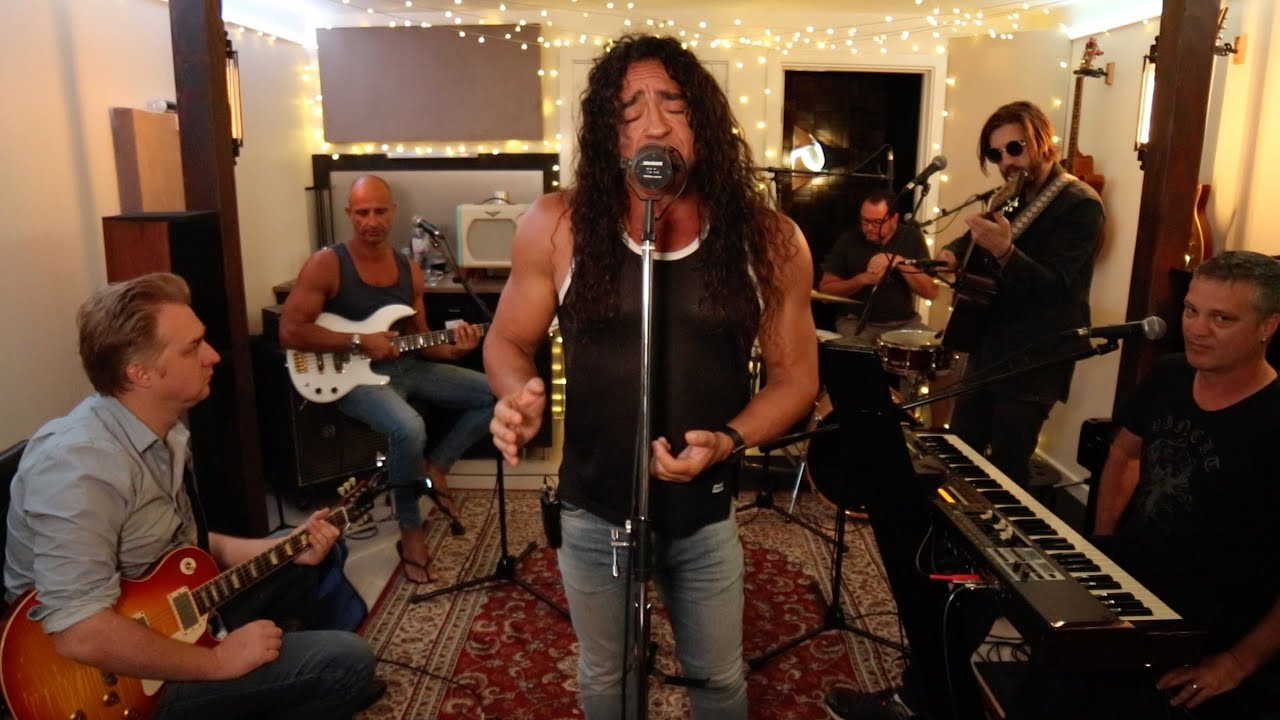 Download 'FEELS LIKE THE FIRST TIME' FOREIGNER covered by the HSCC