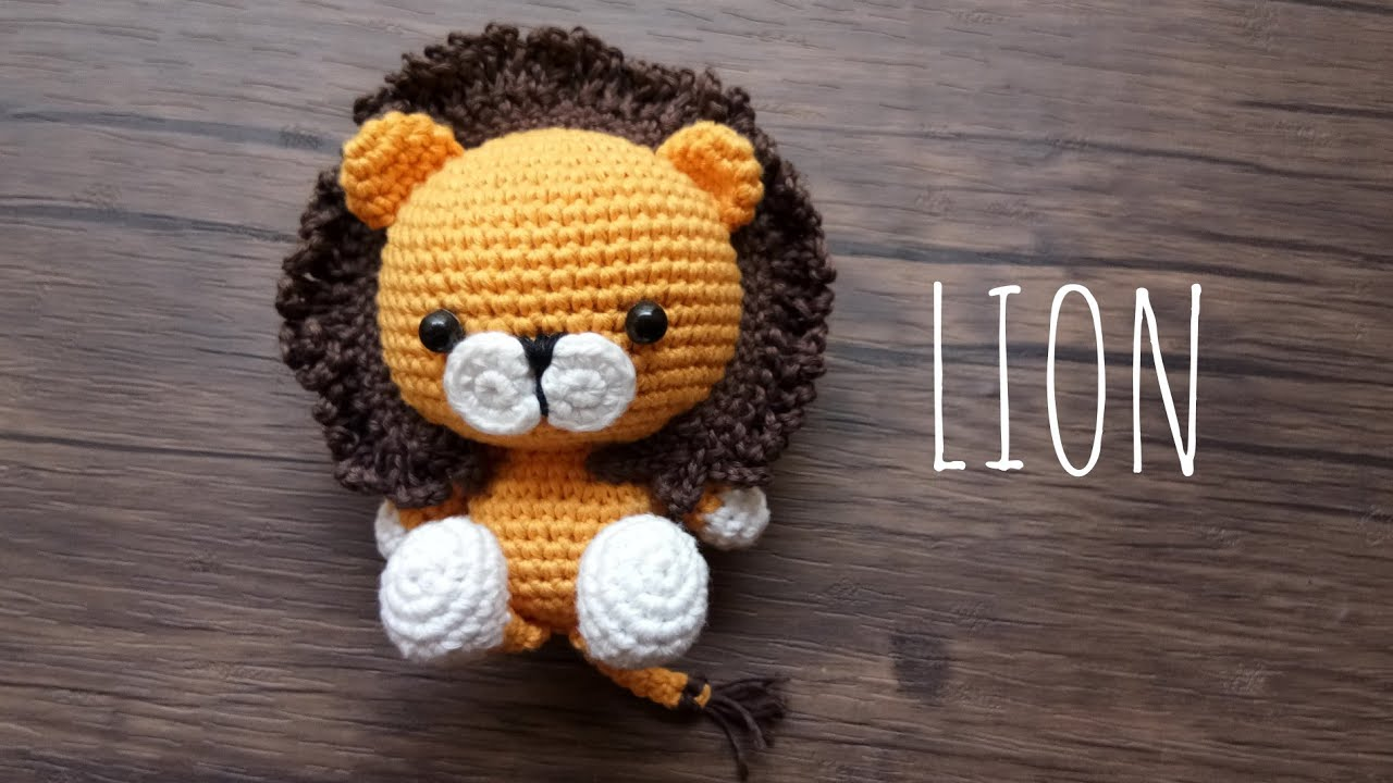 Mimo the sleepy bear amigurumi pattern | 720x1280