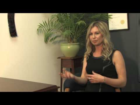 How to use Online Video Marketing to make Prospecting stage successful? Video example.