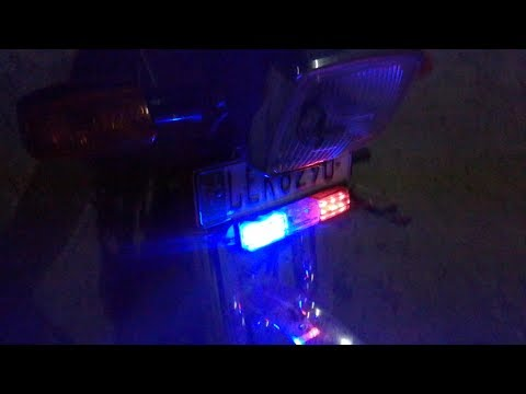 THESE POLICE LIGHTS ON MY BIKE WILL CLEAR THE TRAFFIC