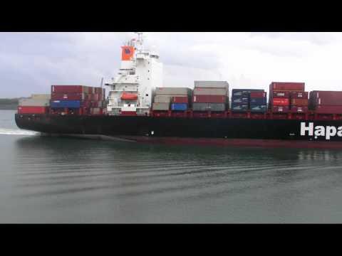 hapag lloyd container ship dublin express ,southampton port uk