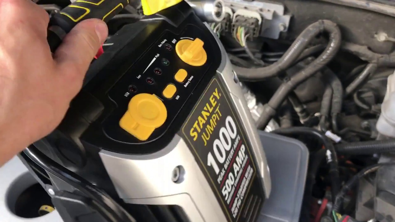 Testing Out Stanley Jump Start 1000amp Works Great Motortrend Max