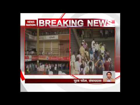 Surat: Textile traders stage protest against GST