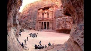 عودة زيادات فلكلور اردني وصور من الأردن