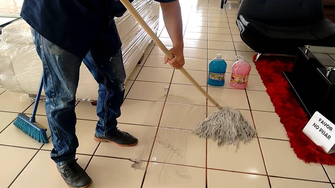 Como limpiar pisos de cer mica youtube - Como limpiar azulejos cocina ...
