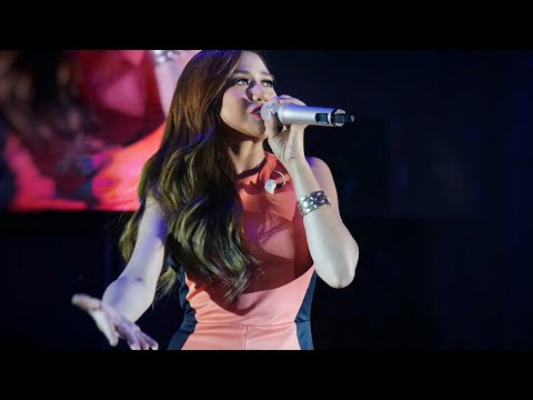 "She KILLED It! ""Domino"" 
