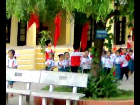 Lễ khai giảng 2010 trường tiểu học Long Biên