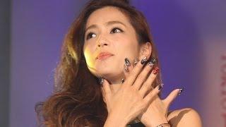 中村アン、黒ネイルに大喜び 「TOKYO NAILS COLLECTION 2014 A/W part1」(1)