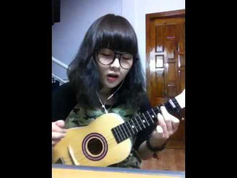 Người nào đó cover ukulele