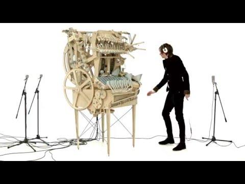 Шведский музыкант построил уникальный музыкальный инструмент