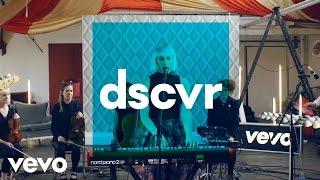 Обложка Vaults Cry No More Vevo Dscvr Live