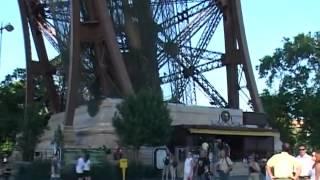 Видео тур по Парижу. Заказ экскурсий по Франции часть 4(Видео тур по Парижу. Заказ экскурсий по Франции Наш сайт http://www.unique-travel.ru/, 2012-05-08T09:26:34.000Z)