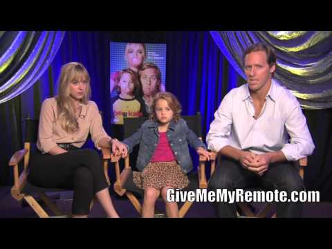 BEN AND KATE: Nat Faxon, Dakota Johnson, and Maggie Elizabeth Jones Talk About Their New