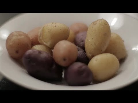 How to Boil Potatoes in the Oven : Cooking With Potatoes