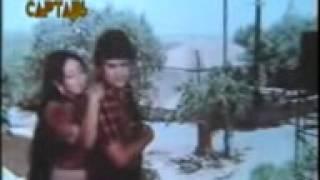 Yeh Mulaqat Ek Bahana hai  Khandaan 1979  Jeetendra   Bindiya Goswami   Sulakshana Pandit   YouTube
