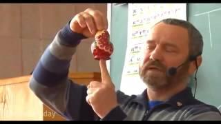 Для чего в роддомах детям сворачивают голову  Сергей Данилов