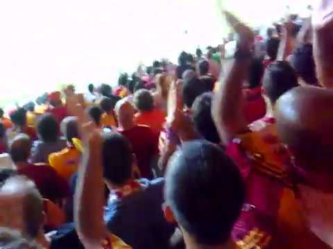 "Galatasaray Fans | ""Daddy Cool"" Harry Kewell - Milan Baros - Lucas Neill"