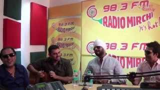 Tochi Raina with RJ Jeeturaaj at Radio Mirchi Studios