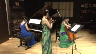 Ensemble φ (アンサンブル ファイ) 愛を奏でるトリオ・コンサート ハンガリー舞曲第6番