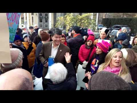 CONGRESSMAN JOHN FASO (NY19) SPEAKS WITH PROTESTERS OUTSIDE HIS HOME IN KINDERHOOK NY 1 28 2017