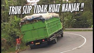 Video Hampir Saja!!! Truck HINO SLIP TIDAK KUAT NANJAK Tikungan Times download MP3, 3GP, MP4, WEBM, AVI, FLV Agustus 2018