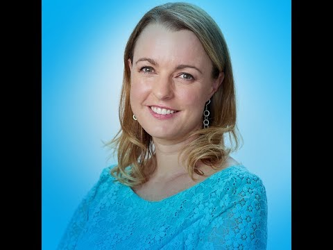 Using Tarot Archetypes to Build Business Confidence with Brigit Esselmont of Biddy Tarot
