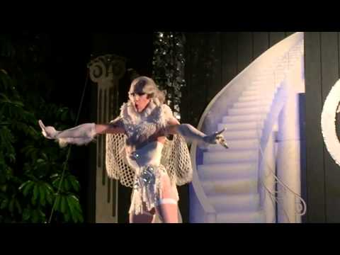 Violet Chachki @ Parliament House White Party 2015 - YouTube