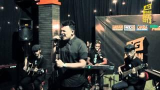 Tulus - Sepatu (Live at ARDAN Group Award 2013)