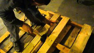 Diy: How To Take Apart A Wood Pallet