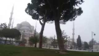Намаз в Стамбуле (Голубая мечеть)(Намаз в Стамбуле (Голубая мечеть) Голубая мечеть в Стамбуле невероятно красива и снаружи, и изнутри. Пройти..., 2014-06-16T16:55:59.000Z)