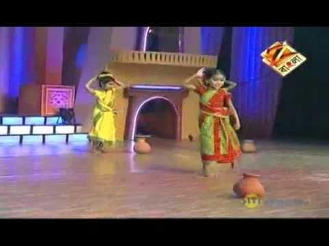Dance Bangla Dance Junior Sept. 29 '10 Aantra - YouTube